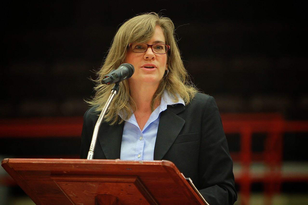 K. Hollyn Hollman speaks at Gardner-Webb University dimensions; Jan 31, 2012.