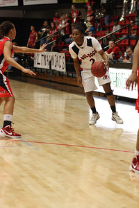 KiKi Smith, 2, dribbles the ball