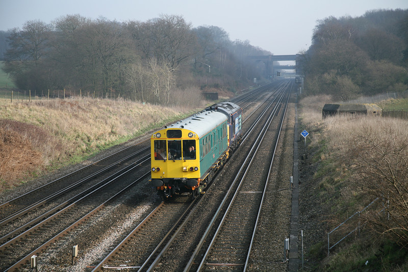 """31 January 2012 :: 975025 """"Caroline"""" propelled by 37409 passes Potbridge with 2Z02, Cardiff to Bristol Parkway via Acton, Andover, Southampton and Basingstoke"""