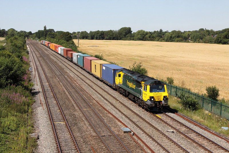 24 July 2012 :: 70008 approaching the A34 bridge at Didcot working 4O51, Wentloog to Southampton