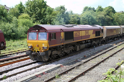 66128 1226/6E96 Hunterston-West Burton passes Knottingley 19/06/12
