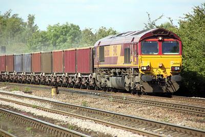 66066 1643/8D06 Gascoigne Wood-Drax passes Hillam Gates crossing 19/06/12