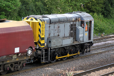 09201 shunts wagons in/out of Milford Yard 19/06/12