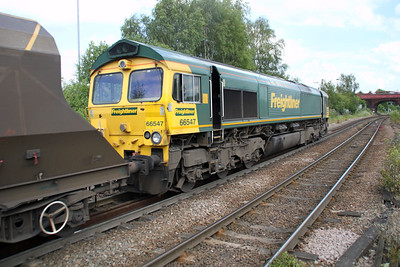 66547 1449/6R12 Hatfield Mine-Drax passes Knottingley 19/06/12