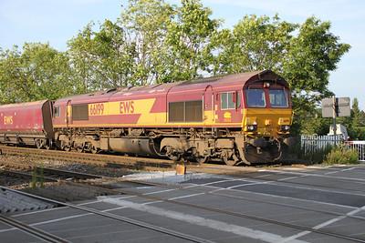66199 1910/6H07 Immingham-Drax passes Hillam Gates crossing 19/06/12