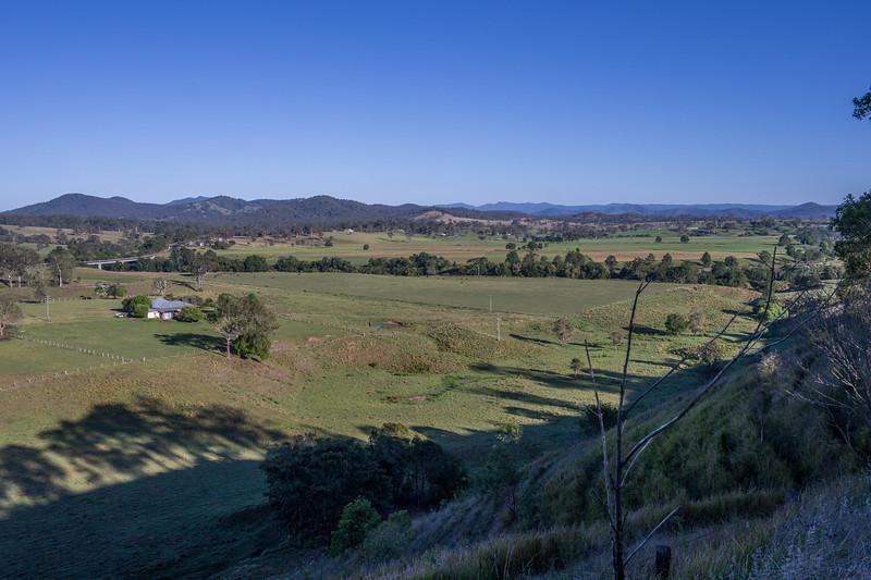Manning Valley - Dam road
