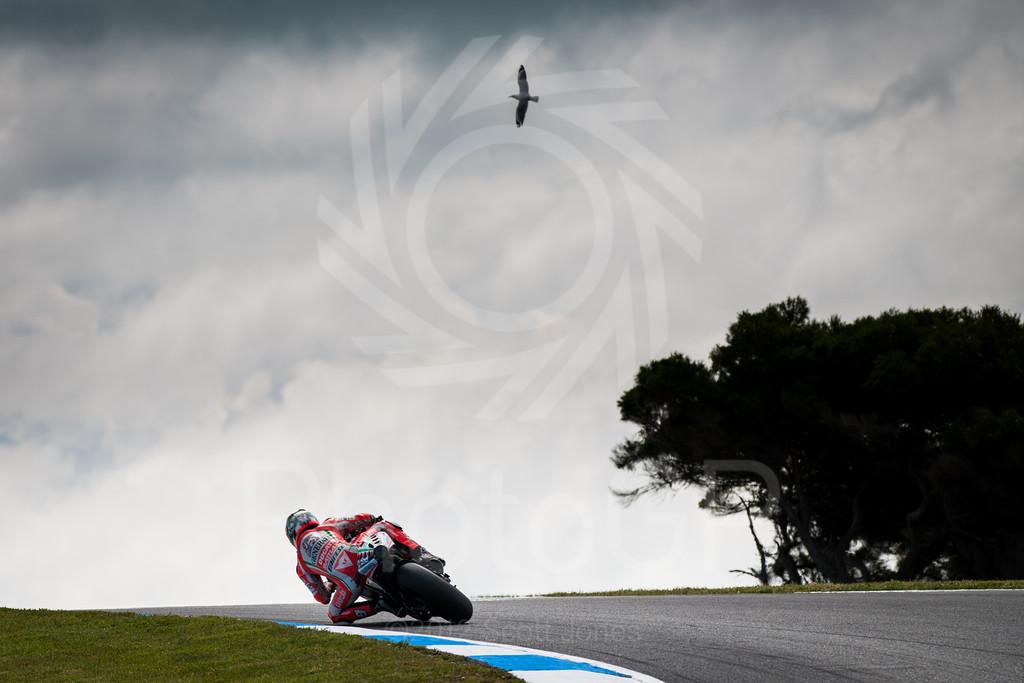 2012-MotoGP-17-Phillip-Island-Friday-0947