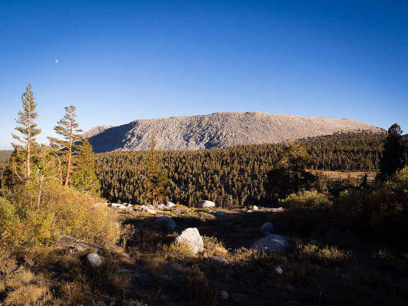 Moonrise in the southern Sierra