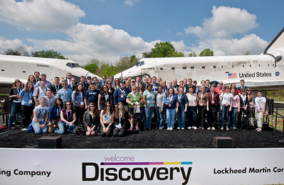#NASAsocial #OV103 group photo (by Dane Penland, Smithsonian National Air and Space Museum)