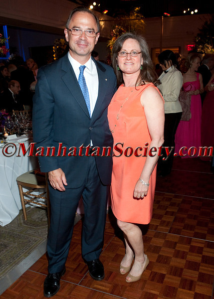 "New York – April 17: Adrian Benepe, Commissioner for the New York City Department of Parks & Recreation &  Sara Hobel, Executive Director at The Horticultural Society of New York attend The New York Flower Show Dinner Dance -""Couture en Fleur"" to Benefit The Horticultural Society of New York at 583 Park Avenue on the Upper East Side of Manhattan on April 17, 2012 in New York City (Photos by Christopher Dwight Mejia London ©2012 ManhattanSociety.com)"