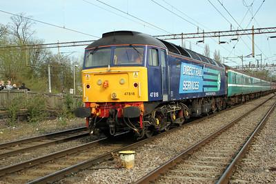 47818 TnT 47501 0948/1z62 Liverpool-Wembley Footex passes through Northampton Station 14/04/12