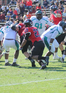 Juanne Blount (23) carries the ball for GWU