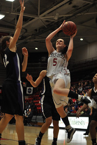 Lana Doran shoots against Lipscomb University, Friday November 9, 2012 in the LYCC.