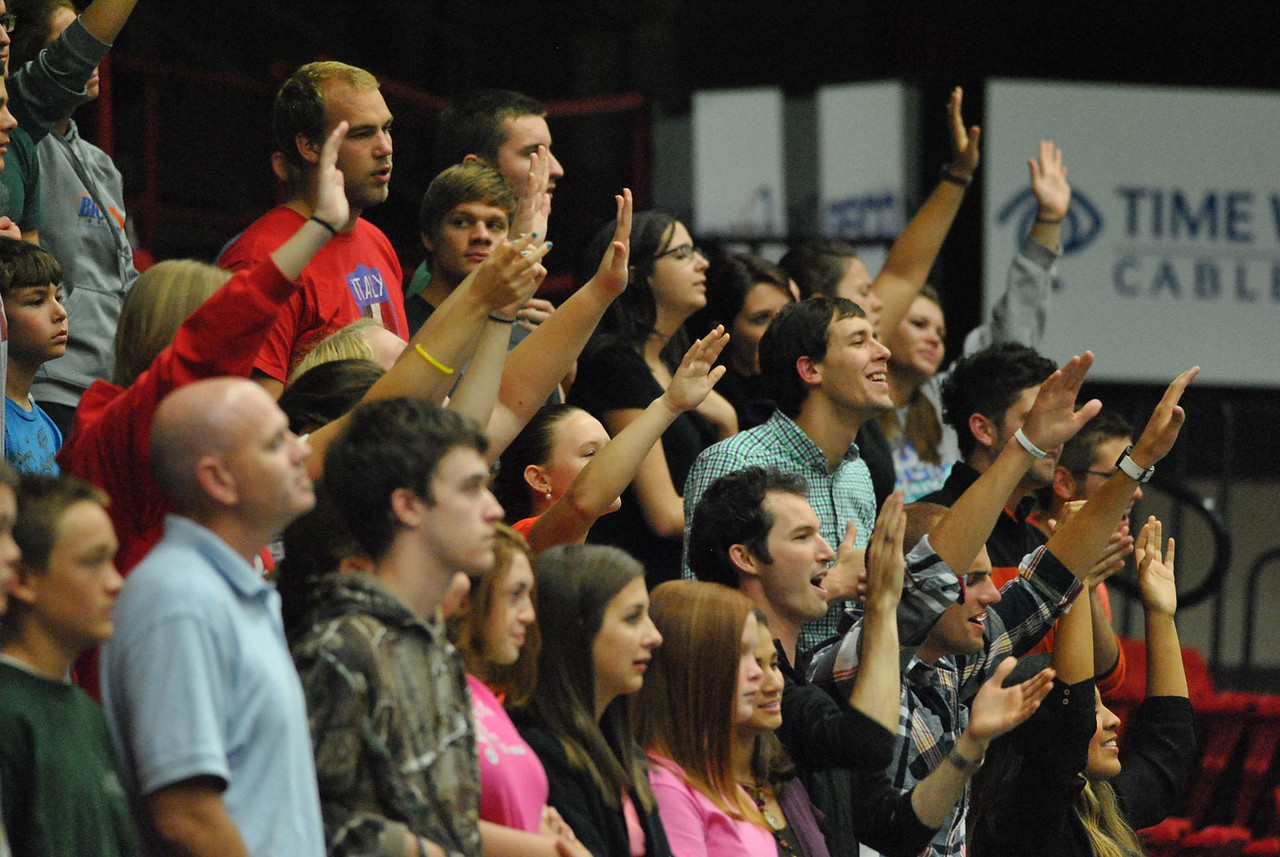 Students worshiping at Fields of Faith.