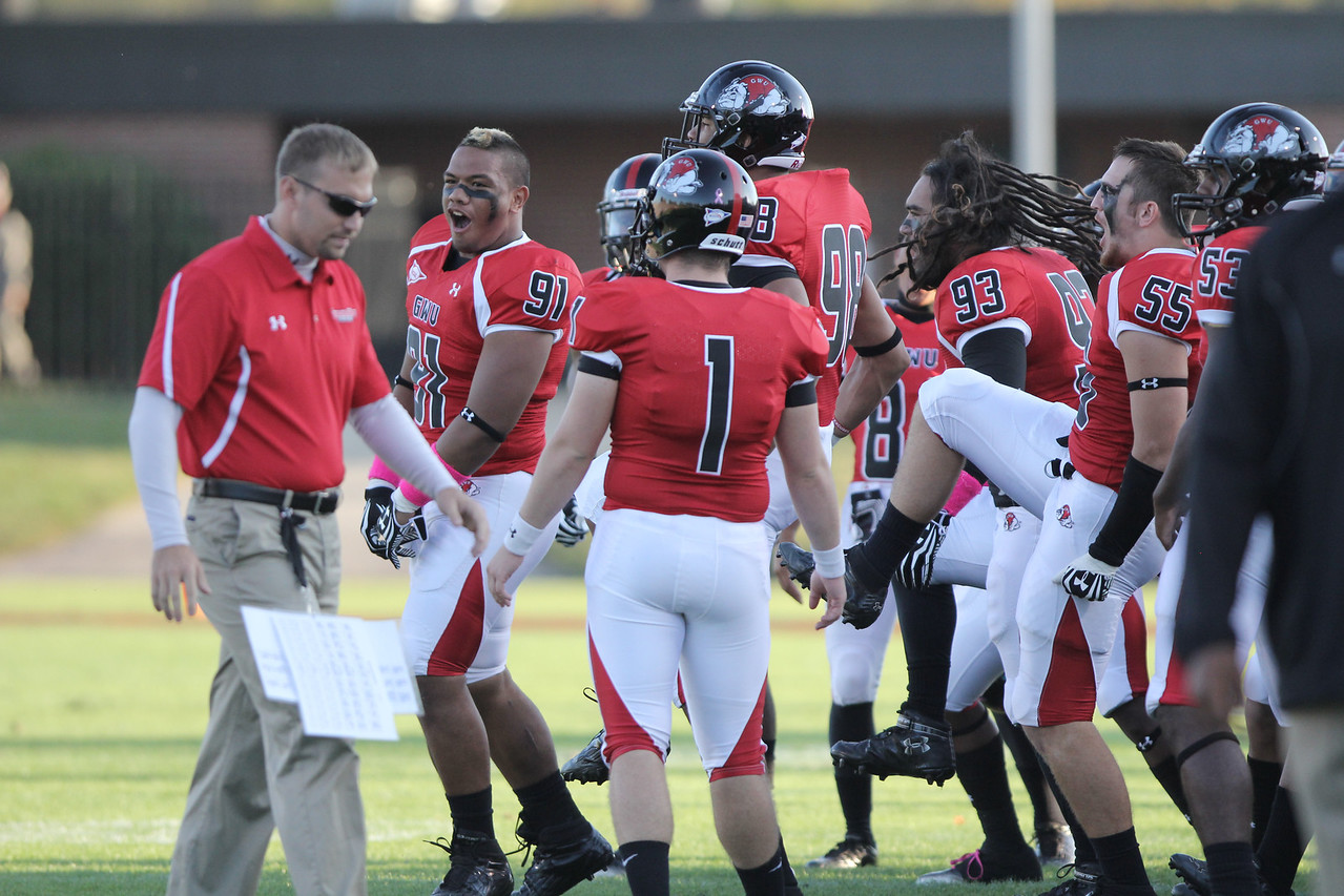 The Runnin' Bulldogs getting pumped before the game