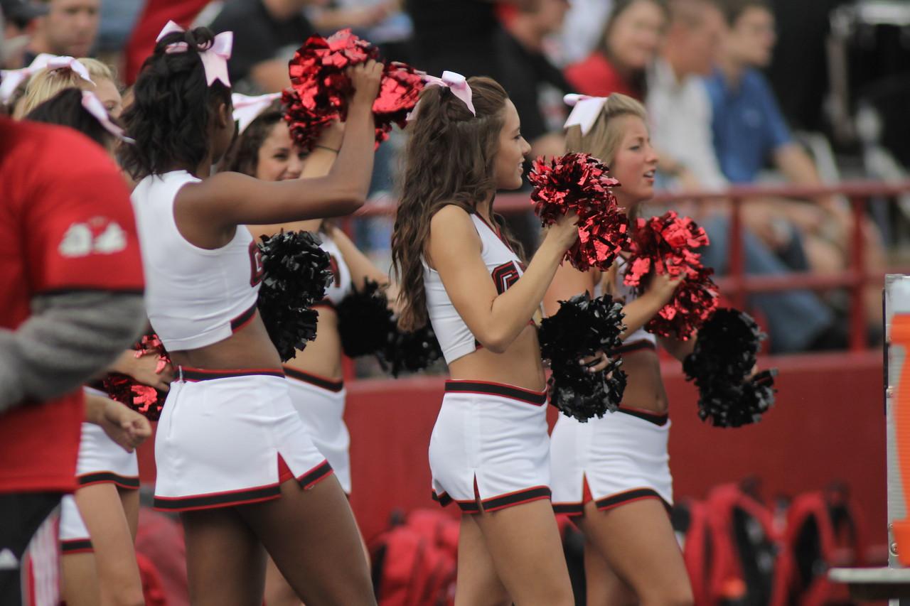 Gardner-Webb Cheerleaders cheer on the Runnin' Bulldogs