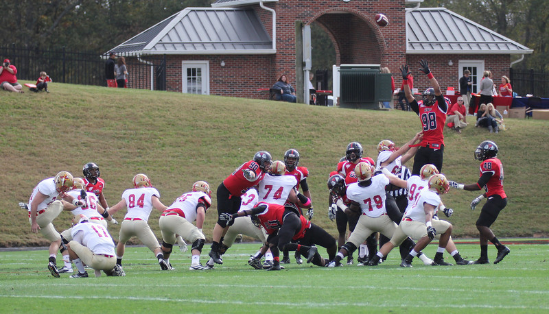 GWU attempts to block a field goal