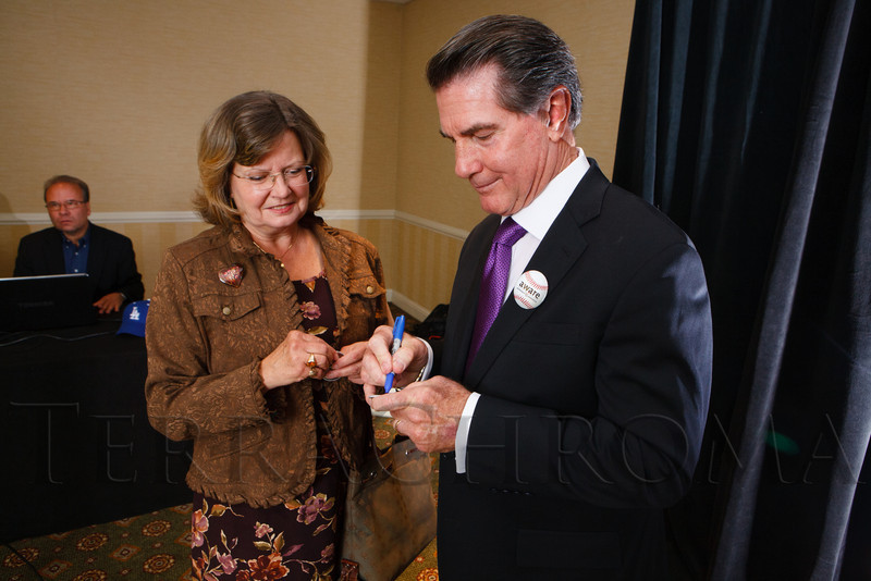 The 13th annual Memories Lost & Found Luncheon, hosted by AWARE and benefiting the Alzheimer's Association Colorado Chapter, at the Denver Marriott City Center in Denver, Colorado, on Wednesday, Oct. 17, 2012.<br /> Photo Steve Peterson
