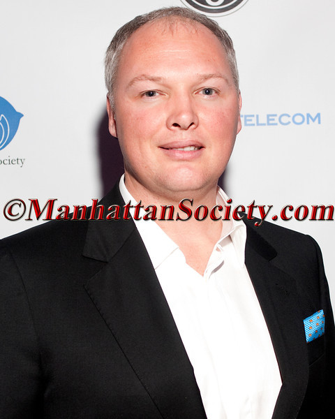 PERSEUS TELECOM Hosts An Evening for the Ocean – Holiday Cocktail Event at the Classic Car Club, Benefiting Oceanic Society