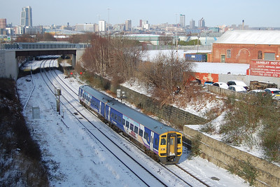 The previous evening had brought the first heavy snowfall of the winter to West Yorkshire, but mild temperatures the next day meant that it didn't last long all! 158905 accelerates through Hunslet with the 1230 Leeds-Notitngham (05/02/2012)