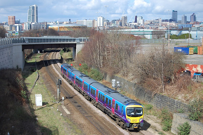 On a very pleasant Spring morning, 185101 accelerates through Hunslet with 1P33 1051 Scarborough-Manchester Airport. TPE services were being diverted via Wakefield all day due to engineering work on the direct route via Dewsbury (18/03/2012)