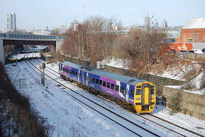 Following closely behind was 158850 with the 1234 Leeds-Sheffield. In the background is the entrance to the former Hunslet TPL works (05/02/2012)