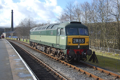 Two years after its repaint into two-tone green, 'D1501' still makes an impressive sight as it runs round at Rawtenstall before working the 1245 back to Heywood (18/02/2012)