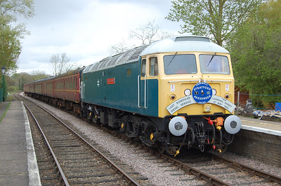 A passing loop has been added at Thuxton station since my last visit to the Mid Norfolk Railway. 47596 waits with the 1300 from Dereham to Wymondham Abbey (06/05/2012)