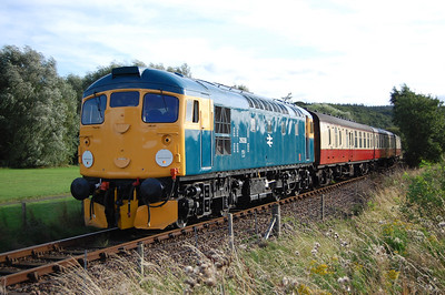 An hour later the loco is pictured on the approach to Kinneil having just passed beneath the A993 (02/09/2012)
