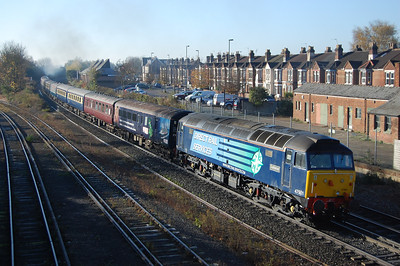 47501 brings up the rear of 5Z88 as the train heads towards the Airport. 'Craftsman' then worked 1Z88 1055 Eastleigh-Edinburgh Cruise Saver charter throughout (11/11/2012)