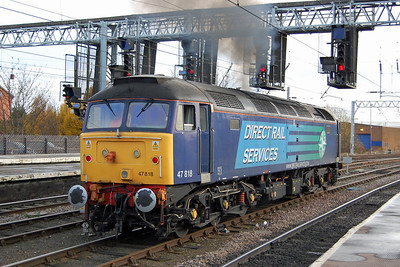 47818 was then removed from the rear of the train and coupled to 47805 to work south. However, further difficulties with the multiple-working equipment saw both removed at Crewe in favour of 828+853. One of those days, I'm afraid... (18/11/2012)