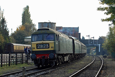 47117 is pictured on arrival back at Loughborough Central with 2B23 1345 from Leicester North on its final running day of the 2012 season (21/10/2012)