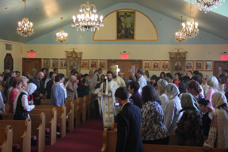 Pentecost 2012 (30).JPG