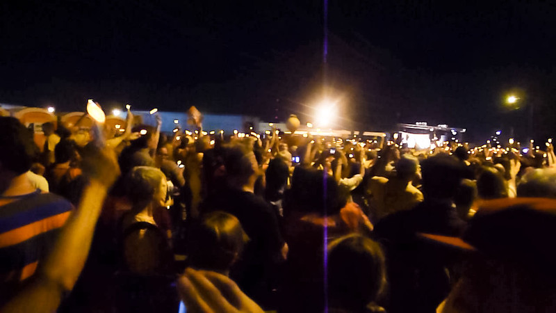 Thousands of UU participants at Saturday night vigil protesting inhumane treatment at Sheriff Joe Arpaio's Tent City Detention Center. http://www.uua.org/immigration/re/ga/200252.shtml