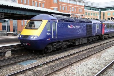 43172 Arrives Reading Platform 7 to Paddington.