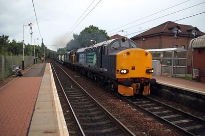 37606_37611 2043/4s44 Daventry-Coatbridge passes Whifflett.
