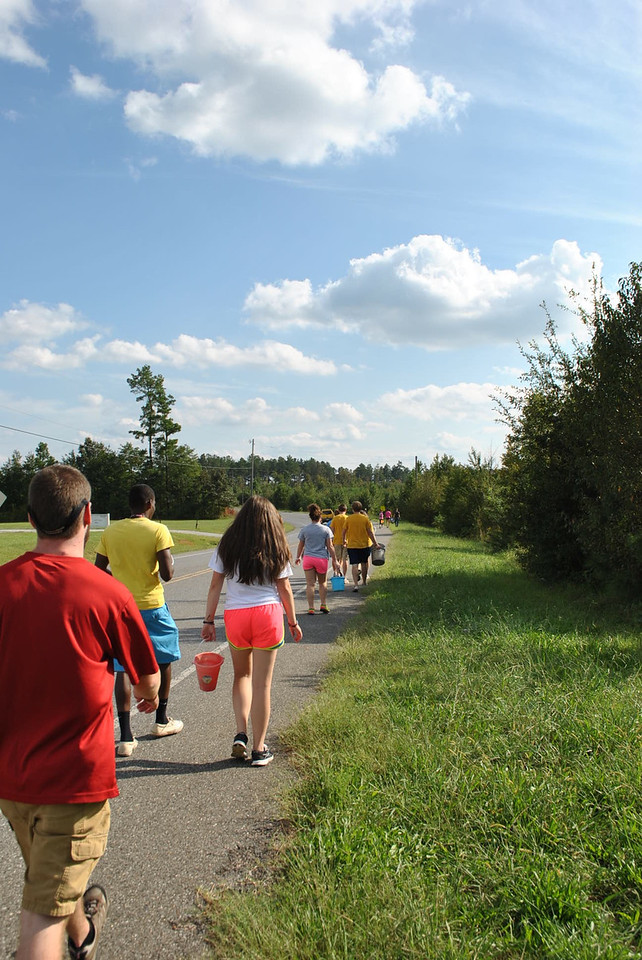 Students walking to the Broad river.
