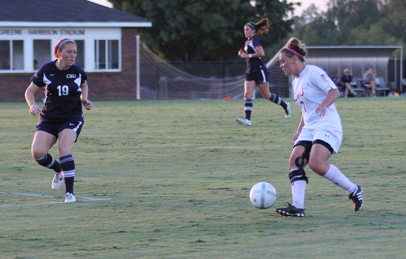 Arielle McCarthy (2) takes the ball towards the goal.