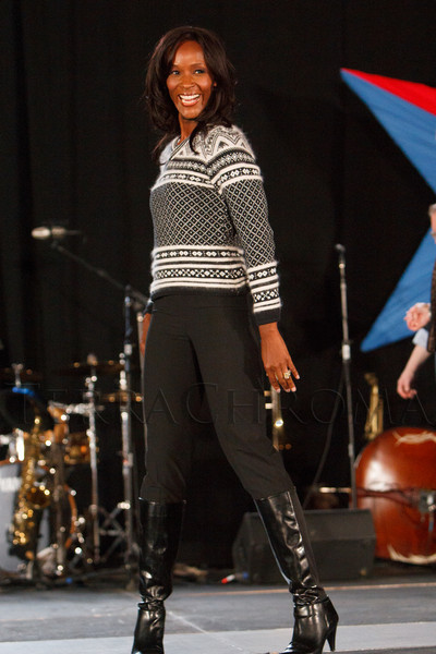 TaRhonda Thomas.  Starfish and Dreams 'n All That Jazz gala, benefiting Arc Thrift Stores, at the Gold Crown Field House in Lakewood, Colorado, on Friday, Sept. 21, 2012.<br /> Photo Steve Peterson