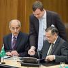 Ambassador Shahid Bashir, Permanent Mission of Pakistan to WTO (right), signing the Joint Declaration on Cooperation; and Muhammed Saleem, Ambassador of Pakistan, Bern Switzerland. (Photo: EFTA)