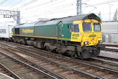 66591 1308/4R97 Felixstowe-Tilbury back through Stratford after running round its train.