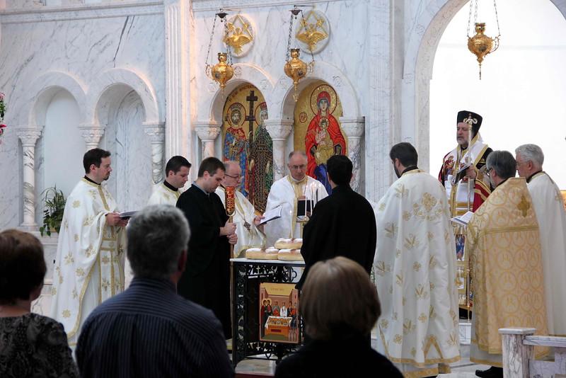 Sts. Constantine & Helen Liturgy (41).jpg