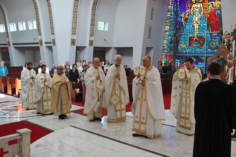 Sts. Constantine & Helen Liturgy (29).jpg