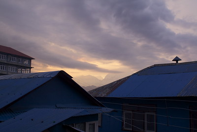 Ghorepani Sunset - Ellen Winn (K'68, Haverford '97)