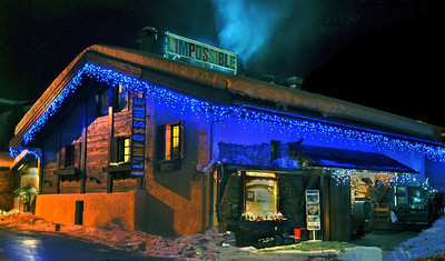 To recuperate, I visited Chamonix's coolest restaurant, L'Impossible, started by a skier known for attempting feats believed to be impossible. Best of all, their menu included gourmet vegan fair! This place is a must visit for any vegetarians in Chamonix.
