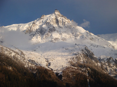 After 2 days if skiing in conditions sometimes so bad I couldn't tell the difference between ground, air and sky, the weather finally cleared, and I headed up to Aiguille du Midi - the 'Needle of the South' - visible here above Chamonix at the highest point.