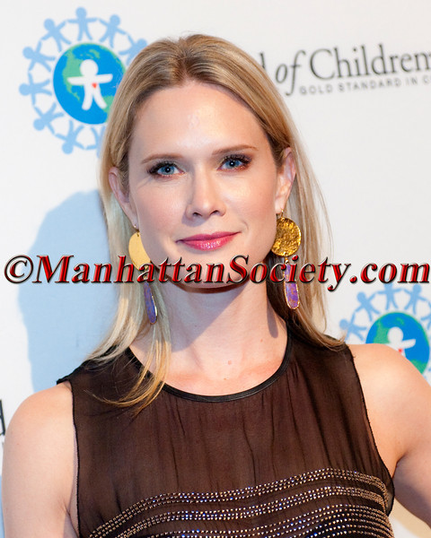 Stephanie March attends The World of Children Award 15th Annual Awards Ceremony on Thursday, October 25, 2012 at 583 Park Avenue (at East 63rd Street), New York City (Photos by Christopher London ©2012 ManhattanSociety.com)