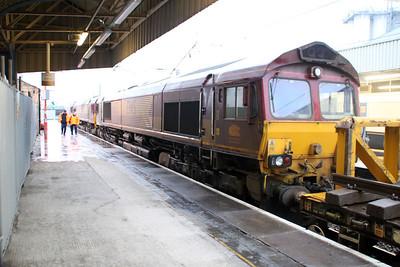 66112 seen behind 66082 and 66175 at 1657-6k05 Carlisle-Crewe Basford Hall engineers.