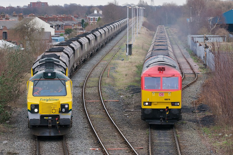 70010 6F02 and 60079 6F78 Latchford 25/02/12