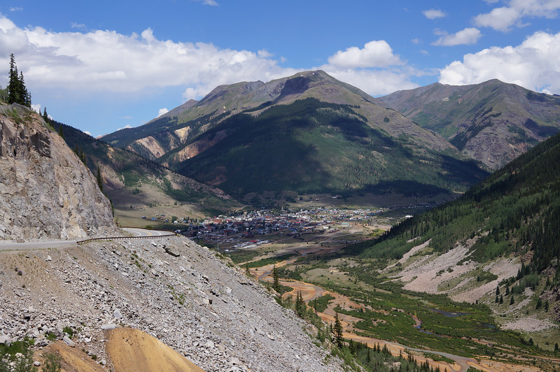 The descent into Silverton.